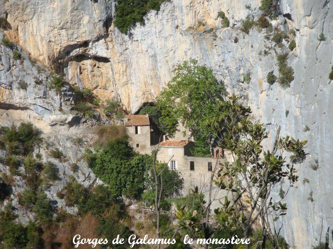 05 monastère gorges de Galamus