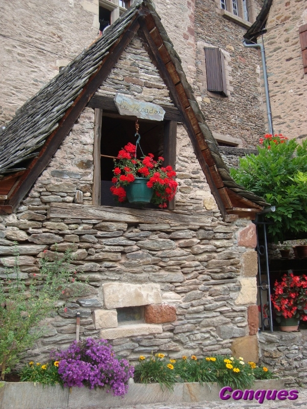 Conques Aveyron (8) (600x800)