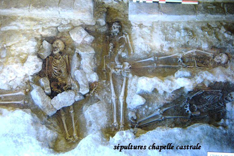 37 sepultures
