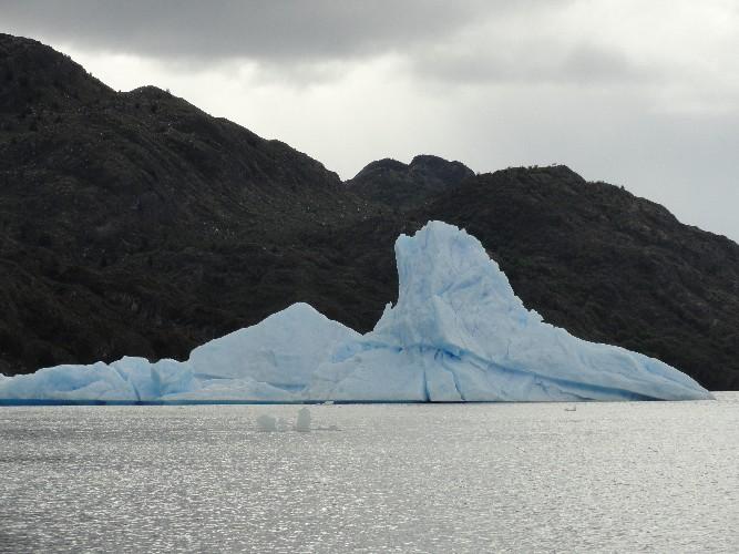 glacier grey 0010007