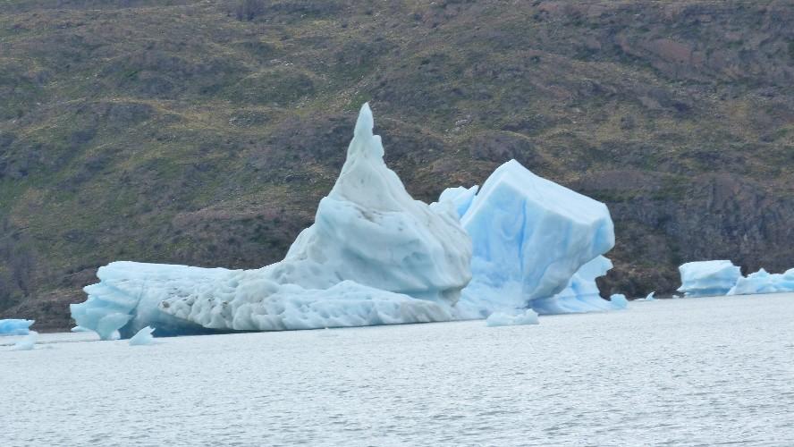 glacier grey 0010016