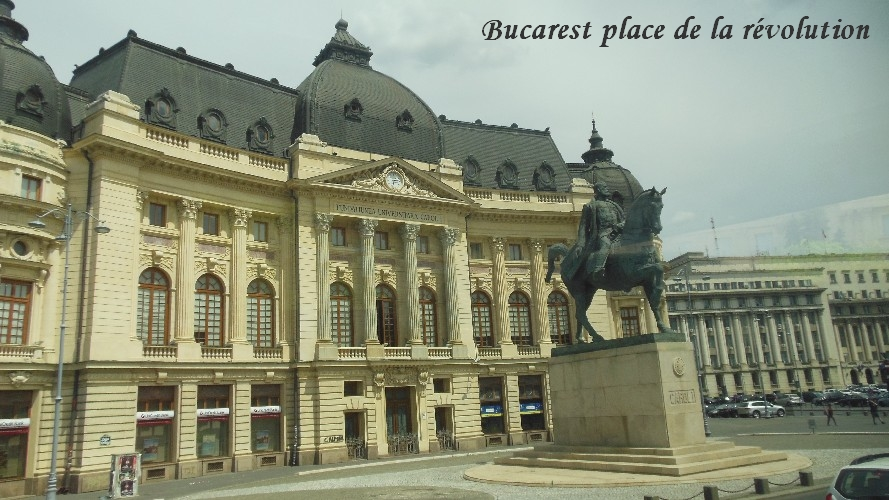 bucarest-place-de-la-revolution