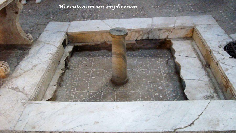 23 impluvium Herculanum