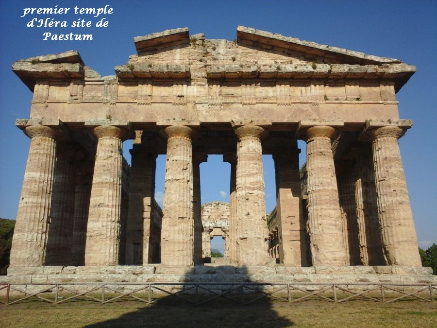 29 Paestum temple Héra 1