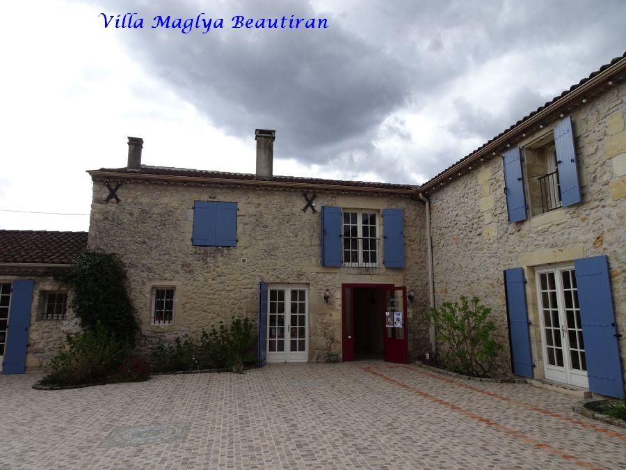 002 villa Maglya